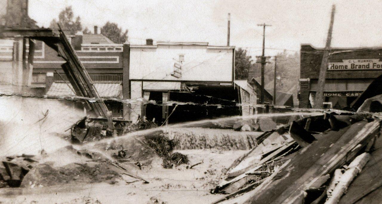 1942 Bayfield Flood Damage on Rittenhouse Avenue