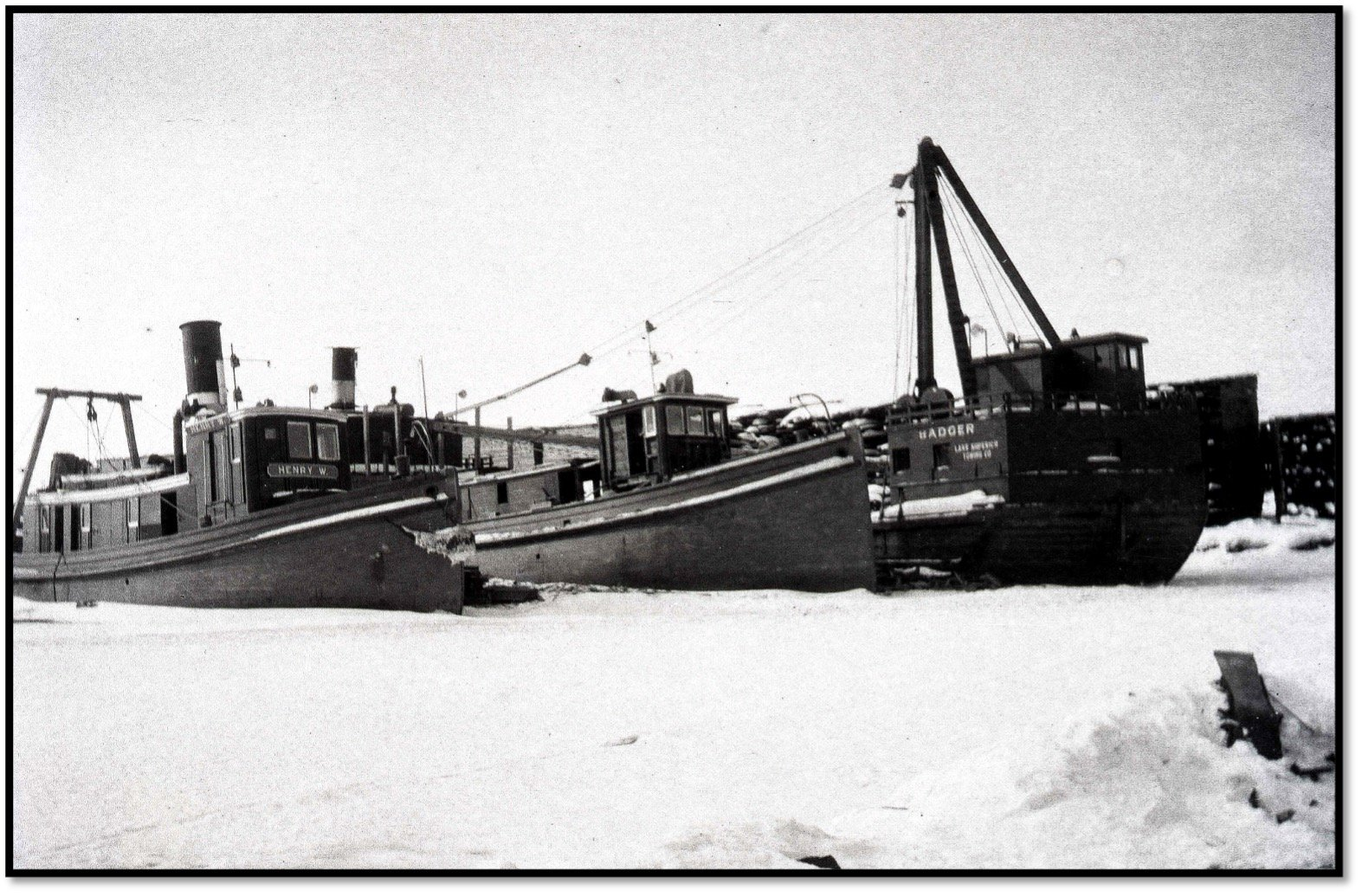 Lake Superior Towing Company Fleet ca 1910 The Bayfield - Henry W and derrick scow Badger